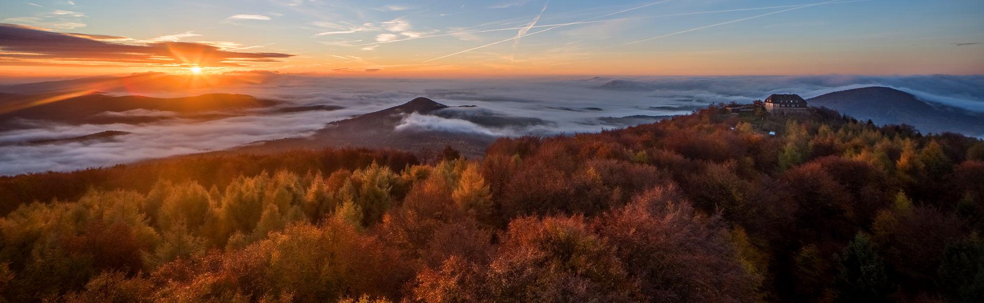 Sonnenaufgang auf dem Hochwald  © Jürgen Bollmann / city-map Bautzen