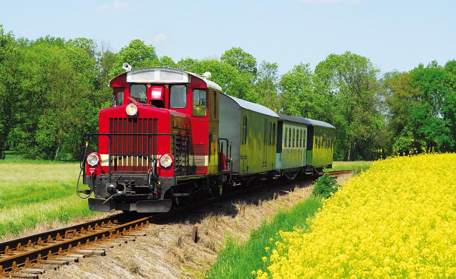 Sommerfahrten mit Dieselzug
